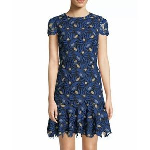 🎀SOLD🎀Alice + Olivia Imani Floral Lace Dress
